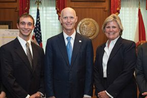 USAHS DPT students along with FPTA Board of Directors, members and staff met with Governor Rick Scott to celebrate the signing of HB799.