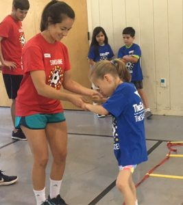 USAHS Austin students volunteer for PT day of service