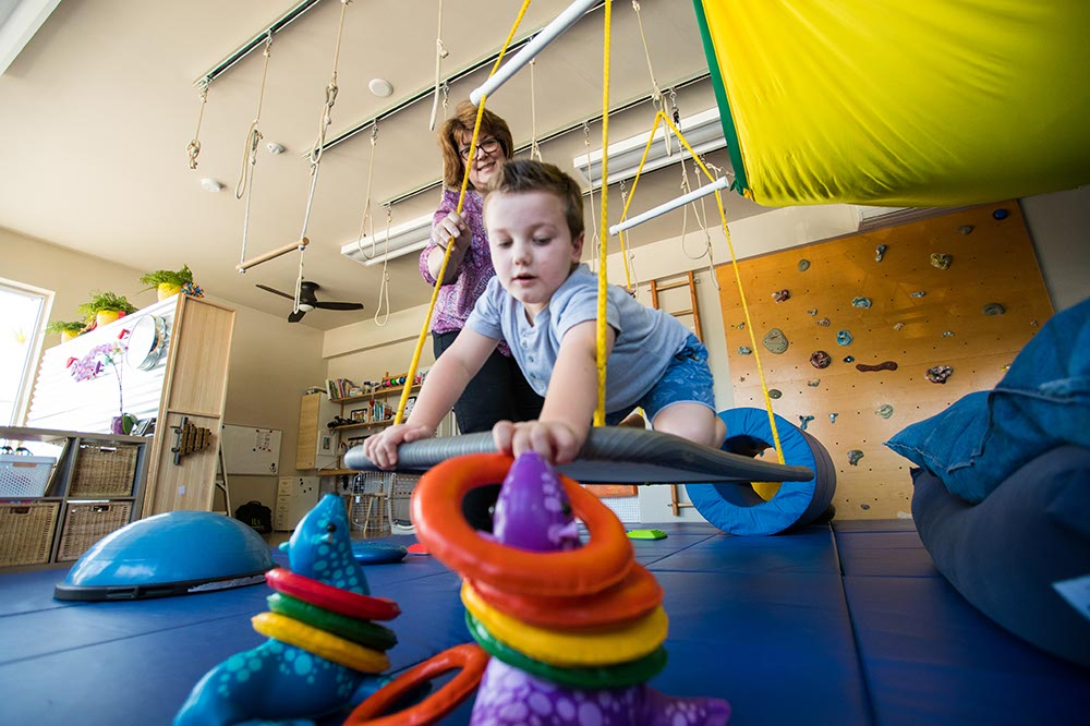 child in occupational therapy